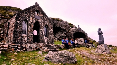Chapel at the Pass and St Patrick's Bed, Máméan, August 2012