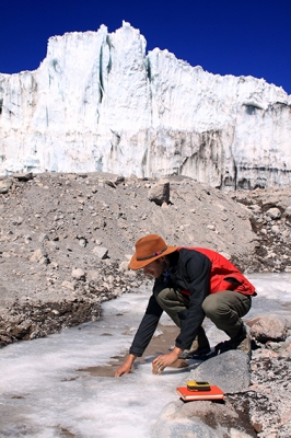 Sampling-meltwater-on-Coropuna-Peru-photo-by-Gordon-Bromley